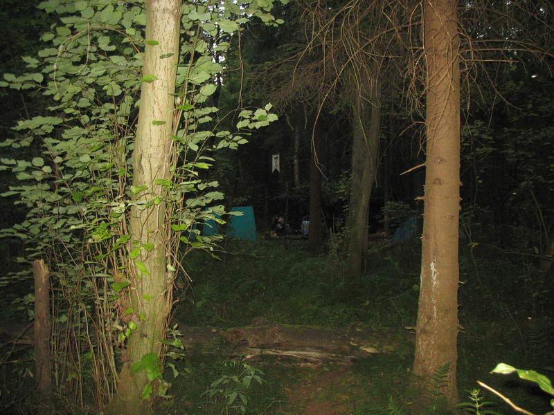 Лагерь,почти полный, вид сбоку.