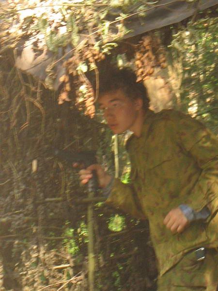 Все внимание на Рагдае, а из кустов с фланга уже открыл огонь Комендант...